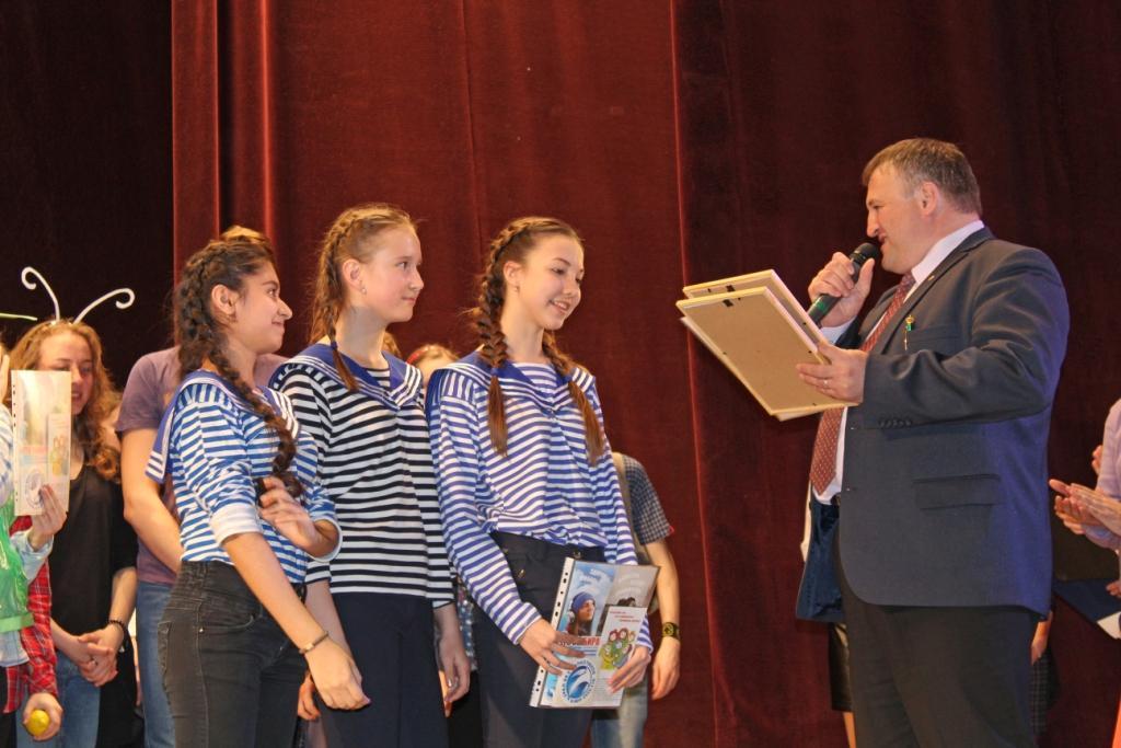 «Урал без наркотиков» вошел в состав жюри общегородского конкурса агитбригад «Мы выбираем жизнь!»