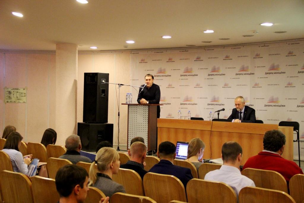 В столице Урала обсудили взаимодействие органов власти и НКО